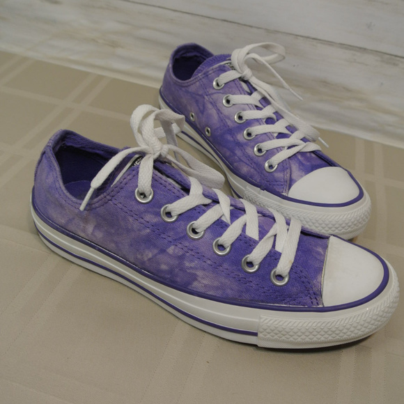 Converse Chuck Taylor Ox Shoes Sz 7